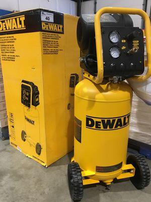 Dewalt 15 gallon heavy duty 225 psi compressor for Sale in Henderson, NV