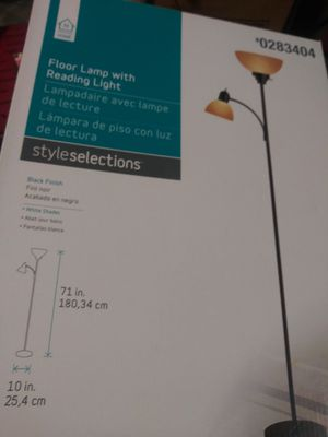 Floor Lamp with reading lamp. for Sale in San Antonio, TX