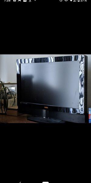 32 inch Vizio TV for Sale in Phoenix, AZ