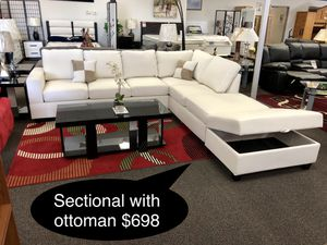 New leather sectional with ottoman ((( available in Different colors for Sale in Fresno, CA
