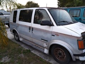 Parting out 84-94 Astro Safari gmc Chevy van parts for Sale in Leesburg, FL