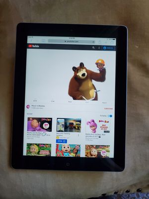 iPad 9.7- inches 64 GB ,with Retina Display and Wi-Fi (4thgeneration) for Sale in Phoenix, AZ