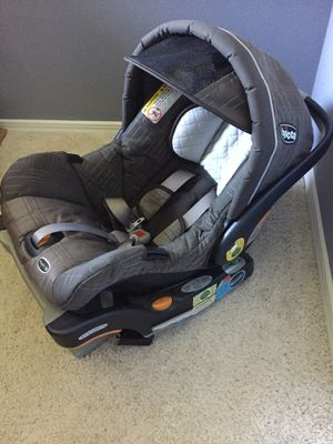 Chicco Car Seat (Safety Seat belt regulator function) for Sale in Santa Maria, CA