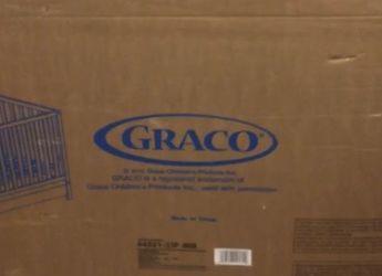 Gracie Convertible Crib for Sale in Miami,  FL