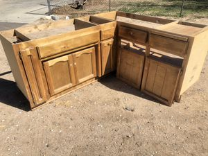 Free kitchen cabinets for Sale in Hesperia, CA
