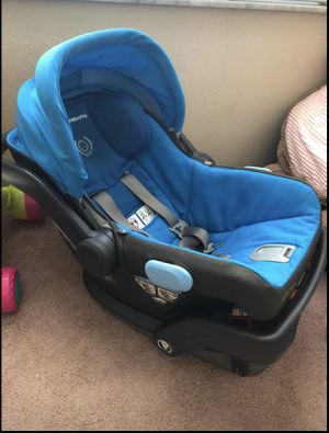 Uppababy Mesa infant car seat with base for Sale in Tampa, FL