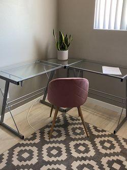 Walker Edison Corner desk for Sale in San Diego,  CA