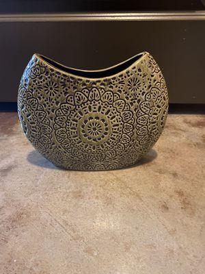 Vase planter for Sale in Tampa, FL