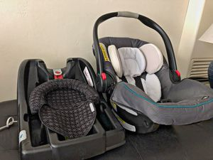 Grace car seat and graco base for Sale in San Diego, CA