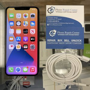 IPhone 11 Pro Max 64gb for Sale in Middletown, CT