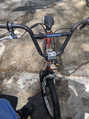 """Mongoose 20"""" Boys' Bike (Boy's Outerlimit BMX) for Sale in North Reading, MA"""