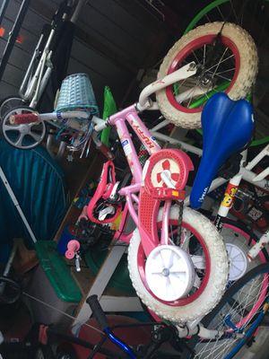 Toddler bike for Sale in Orlando, FL