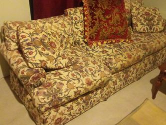 Free Couch Older But Very Comfortable From A Clean Free Virus Free Home for Sale in Round Lake,  IL