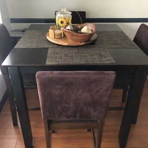 Dining Table With Chairs for Sale in Beverly Hills, CA