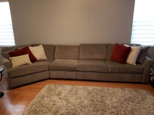 Haverty's Norfolk Sectional for Sale in Weston, FL