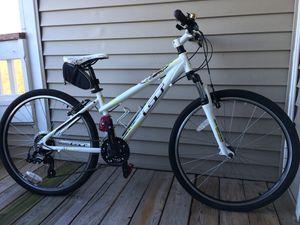 Laguna GT female mountain bike for Sale in Ashburn, VA
