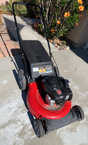 "Lawn mower Briggs and Stratton Yard Machine 550 ex 140cc 21"" for Sale in Oceanside, CA"