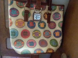 Dooney & BOURKE purse for Sale in TN, US