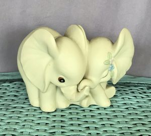 Baby elephant love for Sale in Fresno, CA