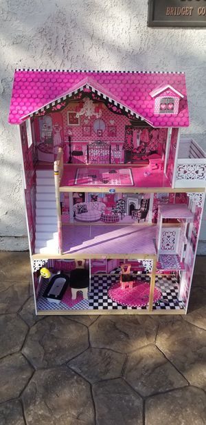 Doll house for Sale in Upland, CA