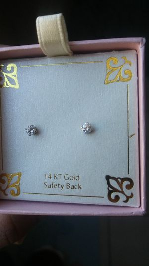 Childrens earings diamond for Sale in El Paso, TX