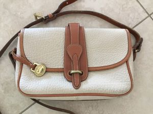 DOONEY AND BOURKE all-weather leather handbag for Sale in Fort Lauderdale, FL