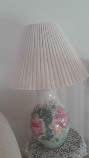 Large size table Lamp ,hand painted for Sale in Maricopa, AZ