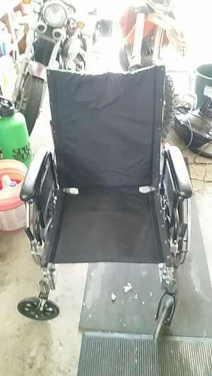 Wheelchair for Sale in Pittsburgh, PA