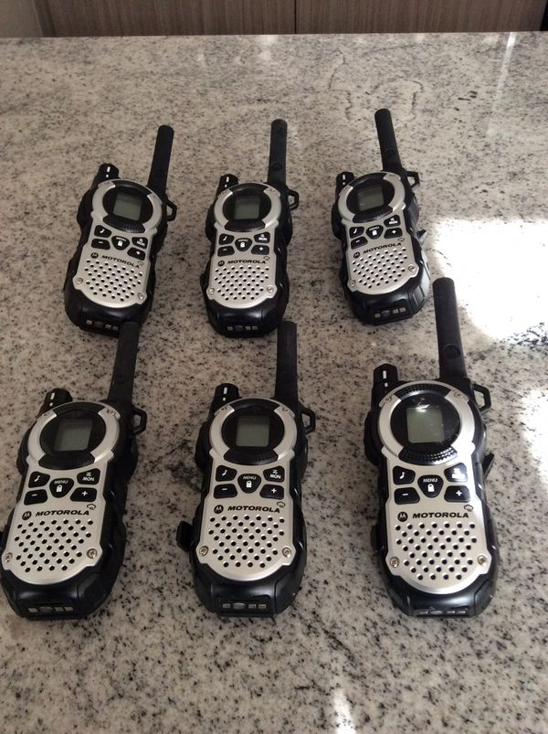 Motorola Talkabout MT 352 R FRS Weatherproof Two Way 35 Mile Radio Pack Silver