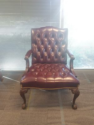 Brown Leather Chair for Sale in Kennesaw, GA