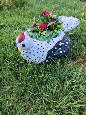 Chicken ceramic flower pot for Sale in Compton, CA