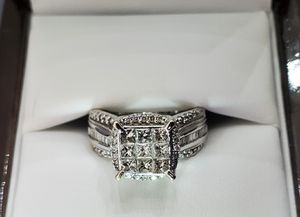 14K Solid White Gold Engagement Rin for Sale in Charlotte, NC