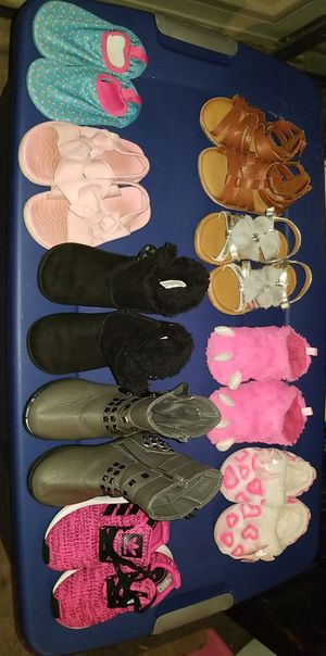 Girl toddler shoes size 5-8 for Sale in Oklahoma City, OK