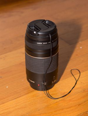 Canon Zoom Lens 75-300mm f/4-5.6 III for Sale in Springfield, VA