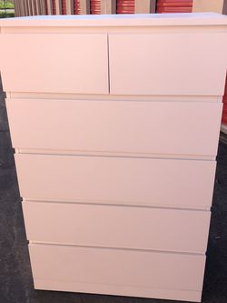 ikea malm 6 drawer dresser (Free Delivery) for Sale in Lynwood,  CA