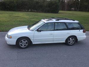 1999 Subaru Outback legacy for Sale in Gainesville, FL