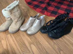Girl's boots size 5 for Sale in San Antonio, TX