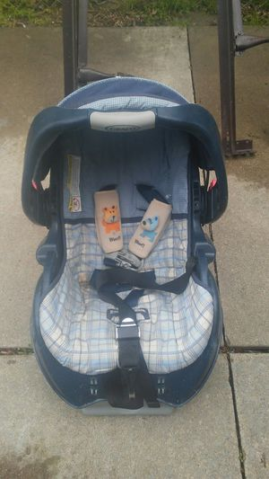 /*/*/*/* GRACO CAR SEAT & CARRIER *\*\*\*\ for Sale in Eastpointe, MI