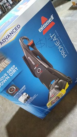 Deep cleaning vacuum for Sale in Dallas, TX