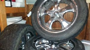 20inc rimes with toyo tire for Sale in Vancouver, WA
