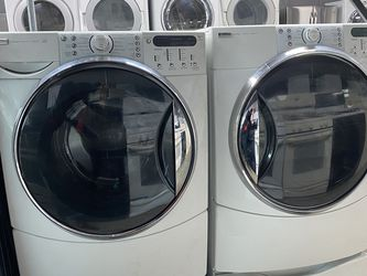 $699 Kenmore washer and dryer set with pedestals includes delivery in the San Fernando Valley for Sale in Los Angeles,  CA