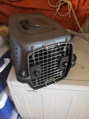 Smalk dog crate for Sale in Waltham, MA