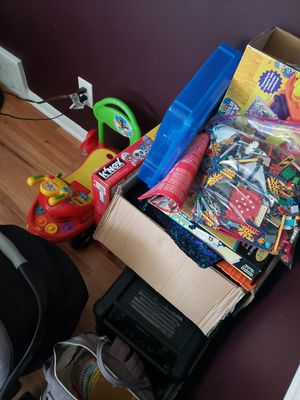 Bunch of kids stuff / toys for Sale in Minneapolis, MN