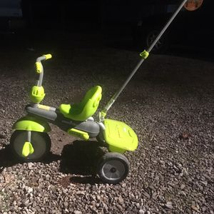 Kids Tricycle W/ Parent Push Bar for Sale in Rockvale, TN