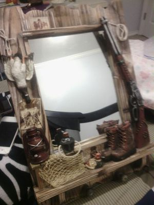 Wall Mirror outdoor themed for Sale in Owasso, OK
