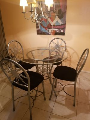 4 seat glass dining room for Sale in Miami, FL