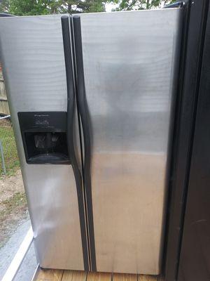Side-by-Side fridge for Sale in Austell, GA