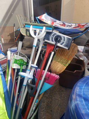 ASSORTED CLEANING SUPPLIES for Sale in Boca Raton, FL