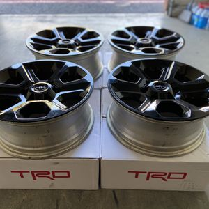 Toyota 4Runner wheels for Sale in Moreno Valley, CA