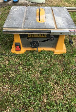 Use tablesaw it works pretty good get the job gonna need it gone ASAP for Sale in Riviera Beach, FL